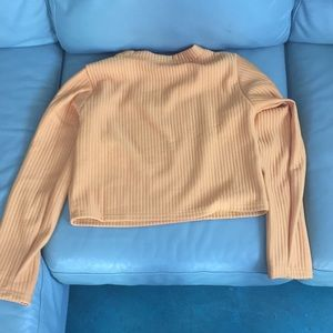 Sweaters - Yellow Cropped sweater
